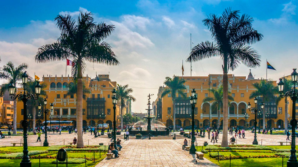 8-Day Peru Expeditions. Lima, Arequipa and Cusco
